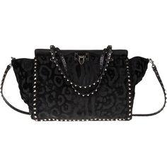 VALENTINO GARAVANI 'Rockstud' trapeze bag (20,190 CNY) ❤ liked on Polyvore featuring bags, handbags, clasp purse, studded leather purse, studded handbags, valentino handbags and studded leather handbag