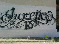 Compartir...Lo habitual, cuando se habla de pandillas -o maras- en El Salvador,...