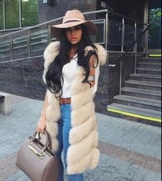Stay classy and love fashion Fur Vest Outfits, Fur Coat Outfit, Cute Outfits, Fall Outfits, Fur Fashion, Love Fashion, Fashion Outfits, Womens Fashion, Fashion Trends