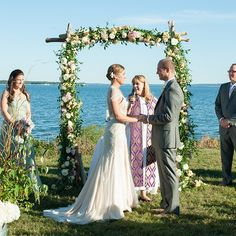 Amazing Ceremony Structures for Your Wedding | Brides