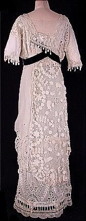1912 Irish Crochet Lace Wedding Gown (back)