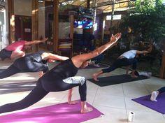 VINYASA FLOW YOGA Pratica da Manhã :: Segundas, Quartas e Sextas, das 7:30 às 8:45 Yoga, 30, Gym Equipment, Exercise, Sports, Pictures, Ejercicio, Hs Sports, Sport