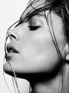doutzen kroes cuneyt akerglou6 Doutzen Kroes Channels Inner Goddess for Cuneyt Akeroglu in Vogue Turkey