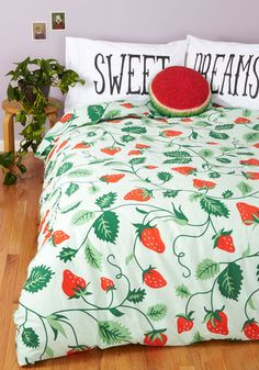 Lull Me to Sweet Duvet Cover in Full/Queen. Whether stretching out upon this mint duvet cover for a quick nap or curling up under its leafy print for a full nights slumber, the red strawberries on its vines will have you smiling as you drift off. Cute Bedding, Twin Xl Bedding, Bedding Sets, Dorm Bedding, Bedroom Curtains, Twin Xl Sheets, Bed Sheets, Retro Bed, My New Room