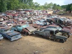 4,000-plus old cars to be crushed in East Troy Wisconsin salvage yard