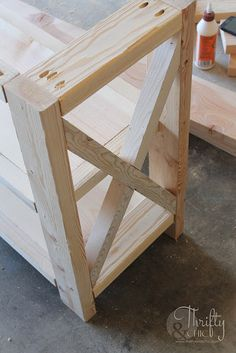 DIY rustic X console table. Wood X console table tutorial. Entry way decor and decorating ideas. How to make wood look weathered. How to decorate an entry way. table diy DIY Rustic X Console Table Wood Entry Table, Diy Entryway Table, Rustic Console Tables, Entry Tables, Diy Wood Table, Rustic Table, Farmhouse Table, Diy Furniture Projects, Diy Wood Projects