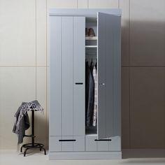 1000 id es sur le th me armoire en pin sur pinterest meuble en pin armoire - Armoire penderie soldes ...