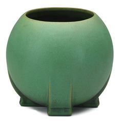 TECO  Buttressed spherical vessel, green glaze with charcoaling, Terra Cotta, IL, ca. 1905