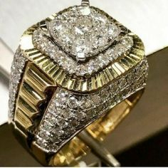 Morning Motivation💪💪💪 Gold Rolex Style Ring With carat Diamonds 💦💦💦 Call us today o stop by only… Mens Gold Rings, 14k Gold Ring, Rings For Men, Men's Jewelry Rings, Diamond Jewelry, Silver Jewelry, Gold Rolex, Wedding Men, Luxury Wedding