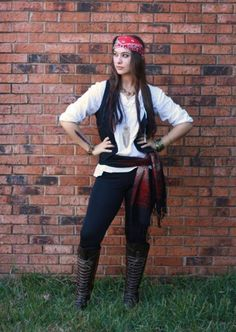 Easy diy pirate costumesless than 10 dollars for each person dguisement halloween facile 80 looks de dernire minute pirate costumes solutioingenieria Gallery