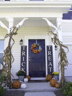 Delight Your Trick-or-Treaters with These 10 Easy D.I.Y.s - Sidelight signs - Don't let the professional appearance throw you off. This porch decoration is incredibly easy and super low-budget. Get nine other brilliant ideas at Redbookmag.com.