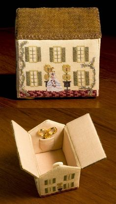 Dauphin House Sewing Box, Elizabeth Talledo - I have a similar one :)
