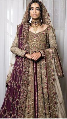 Colour combo Asian Wedding Dress, Pakistani Wedding Outfits, Pakistani Wedding Dresses, Bridal Outfits, Indian Dresses, Indian Outfits, Bridal Mehndi Dresses, Bridal Lehenga, Bridal Gowns