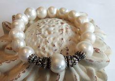 Armbänder - ✺BOHO UNIKAT✺ PERLENARMBAND / weiss - ein Designerstück von -nicita- bei DaWanda Designer, Pearl Necklace, Beaded Bracelets, Pearls, Etsy, Boho, Jewelry, Fashion, String Of Pearls