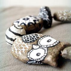 Handmad peaper mache beads.