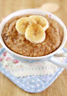 Lekker: pindakaas- banaancake in een mok  (5 minuten)