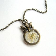 Queen Anne's Lace - Real Flower Garden Necklace - Pressed flower, white, natural, brass, art deco, minimal, spring summer, ooak, gift