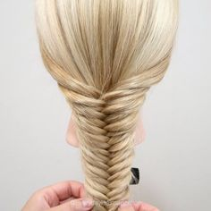 How to fishtail braid step by step for beginners. This tutorial will show you how you can create a beautiful fishtail braid in simple steps and in a video. Easy Hairstyles For Long Hair, Braids For Long Hair, Everyday Hairstyles, Girl Hairstyles, Elegant Hairstyles, Fishtail Hairstyles, Box Braids, Braids For Girls, Hairstyles With Braids