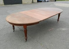Antique Round Extending Table - Large 10ft Mid Victorian Mahogany Extending Dining Table