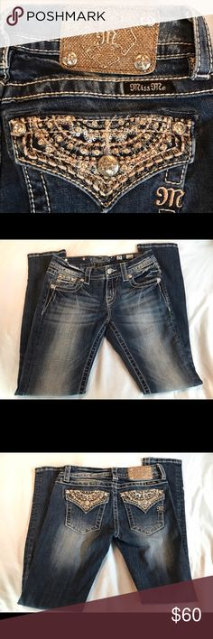"""Miss Me Easy Skinny mid rise jeans 25 Miss me easy skinny jeans size 25.  Inseam 31"""".  Like new, no wear, no stains, smoke free home. Miss Me Jeans Skinny"""