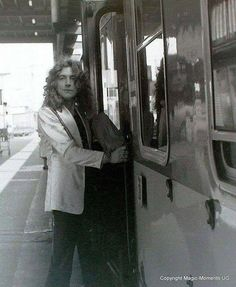 Robert Plant, look at the reflection, it looks like Jimmy!!
