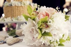 Lindsey and Brian's classic Nantucket wedding, photographed by Zofia Photography,