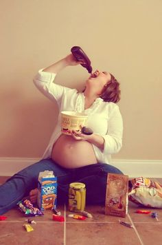 #NewTrend For #Pregnancy #Photos - Crazy Cravings