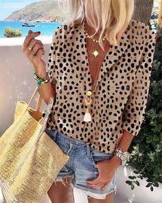 New look tops Women's Long Sleeve Leopard Suit Collar Long Sleeve Shirt – Basisstyle Bow tie – It's Pastel Outfit, Mode Outfits, Fashion Outfits, Womens Fashion, Fashion Blouses, Leopard Shirt, Leopard Print Outfits, Leopard Print Shirts, Summer Outfits