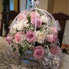 Information, ideas and help for quinceanera party - It could be costly to place centerpieces that could well obstruct your table in the quinceanera. Instead of buying a large centerpiece that may use up the complete table, use something simple. Cinderella Sweet 16, Cinderella Theme, Cinderella Carriage, Cinderella Birthday, Cinderella Wedding, Cinderella Princess, Princess Carriage, Cinderella Centerpiece, Quinceanera Centerpieces