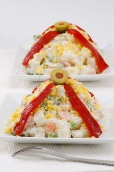 #tapas españolas. Ensaladilla rusa#spainish#cookbook