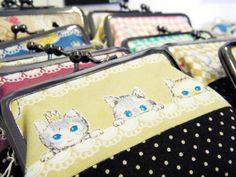 Adorable little kitten-based coin purse. 可愛い猫財布 Design Festa