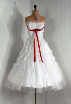 d9f46a4d6a307 Items similar to Vintage Crisp-White Ruffle Tulle-Couture Strapless Red-Bow  Shelf-Bust Rockabilly Ballerina-Cupcake Full Circle-Skirt Party Dress on  Etsy.