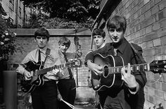 George Harrison, Ringo Starr, Paul McCartney and John Lennon beatles london 1963 Terry O Neill, Abbey Road, Ringo Starr, George Harrison, Paul Mccartney, John Lennon, Julie Christie, Morrison Hotel, Jim Morrison