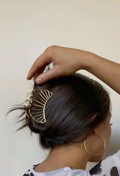 Mickeal Kors, Hair Inspo, Hair Inspiration, Accesorios Casual, Brown Blonde Hair, Good Hair Day, Aesthetic Hair, Grunge Hair, Hair Highlights