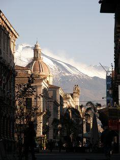 scorcio della città di Catania