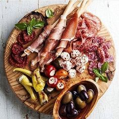 Will you be eating anything as delicious as this on the weekend? great shot by @denizenmagazine @thecheeseandwineco