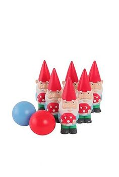 Outdoor Gnome Bowling. Just a must-have. Maybe once I have a lawn......