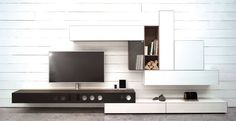 Spectral Ameno TV-Möbel braun in Wohnlandschaft frontal bei Funkhaus Küchenmeister. Mehr Infos jederzeit auf unserer Website.