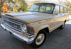 I want an old Wagoneer so badly…