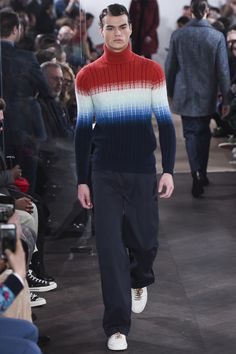 See the complete Richard James Fall 2016 Menswear collection.