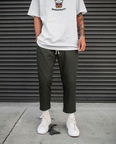 Discover ideas about streetwear fashion Vintage Outfits, Retro Outfits, Mode Man, Stylish Mens Outfits, Inspiration Mode, Mens Fashion, Fashion Outfits, Mens Clothing Styles, Streetwear Fashion