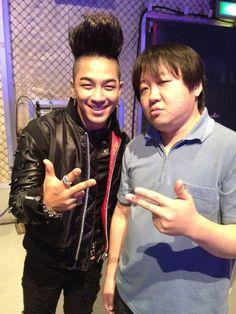 Big Bang's G-Dragon and Taeyang snap a photo with Jung Hyung Don's Japanese doppelganger