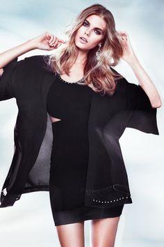 I love this kimono and dress! | Throw this fashionable kimono over a cute dress! H&M. #PARTYINHM