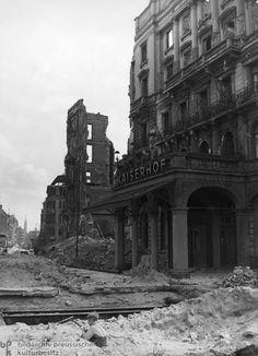 Ruins of the Hotel Kaiserhof (1945)
