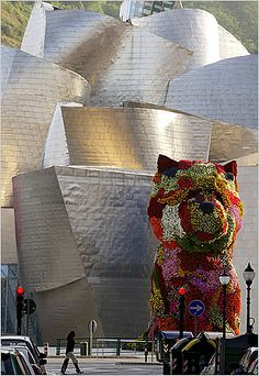 "Jeff Koons ""Puppy"" outside Bilbao Guggenheim - best museum I've ever been to."