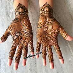 94 Easy Mehndi Designs For Your Gorgeous Henna Look Khafif Mehndi Design, Indian Mehndi Designs, Mehndi Designs 2018, Mehndi Designs For Girls, Modern Mehndi Designs, Mehndi Design Pictures, Wedding Mehndi Designs, Mehndi Images, Hena Designs
