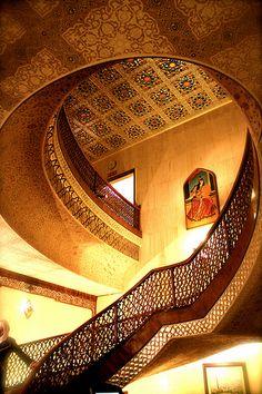 Abbasi Hotel, Esfahan (by Parisa Yazdanjoo)