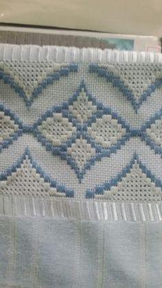 Resultado de imagem para ponto reto - toalhabordado bargello o florentino