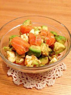 ◆アボカド・サーモン・チーズのサラダ◆すごく簡単なのにおしゃれにみえます笑 前菜、おもてなしにも♡ トマトを入れたり、わさび醤油にしたりアレンジしてください♪