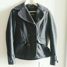 Guess Winter Coat Dark grey, heavy winter peacoat from Guess. Like new! Size M. Perfect for winter! Guess Jackets & Coats Pea Coats